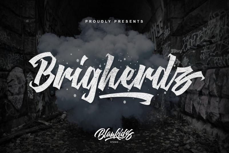 Brigherdz Font – Free Modern Blackletter Typeface